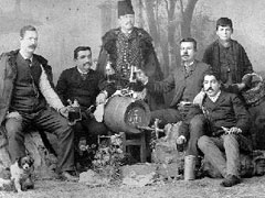 Големиот комита со турски офицери